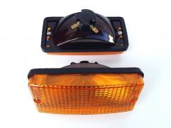 Svetlo oranžové Karosa 700